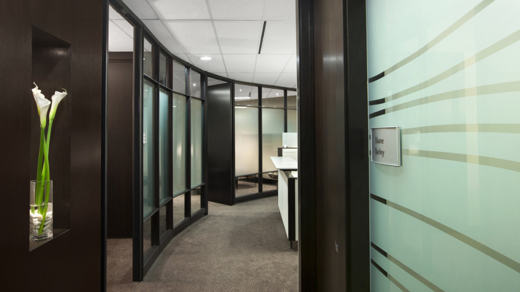 Dirtt 16X9 Veneer Hallway Dark Wood