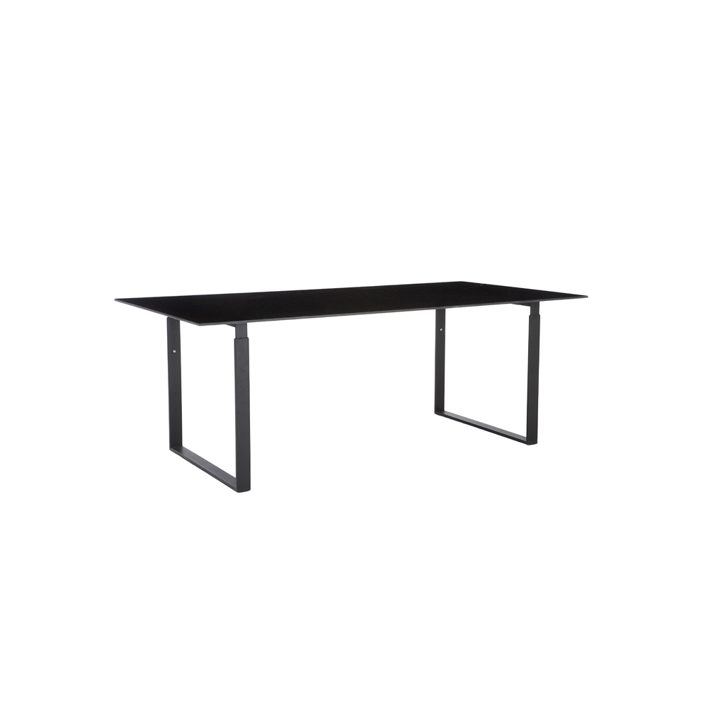 Hightower Chat Table Black 300Dpi