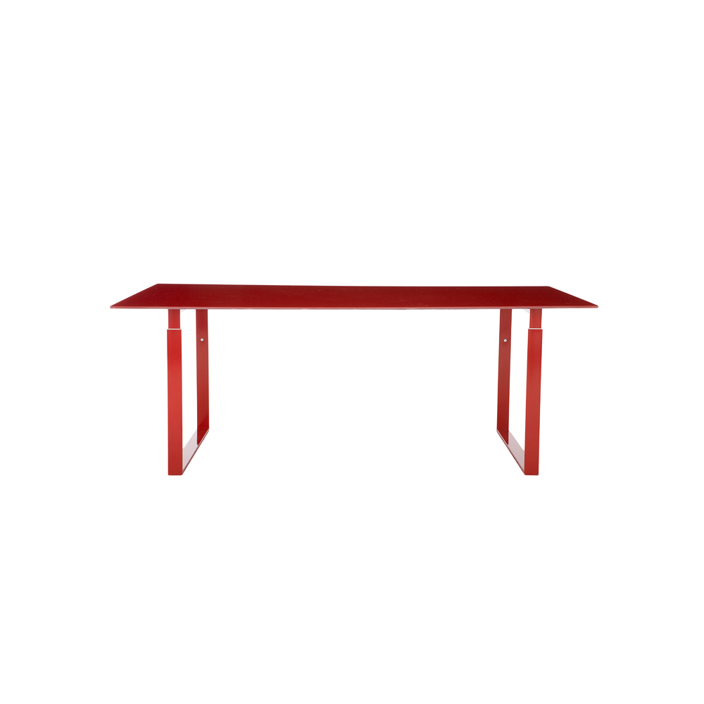 Hightower Chat Table Red 300Dpi