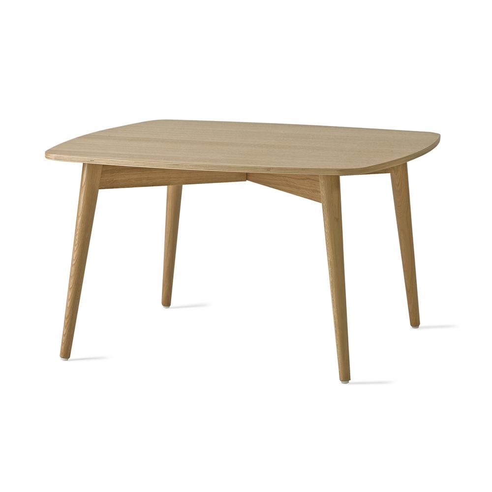 Hightower Papa Table Wood 300Dpi