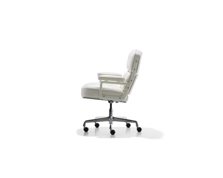 Li Eex P 20110517 007 Tif Dealer Websites Full