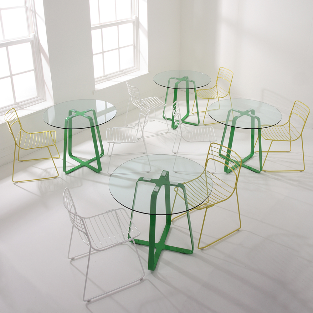 ... Naught Frog Table 850 Dia Green Frame Glass Top With Reg Chairs