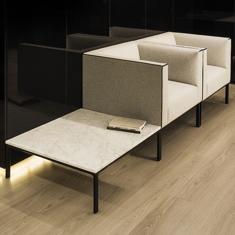 Andreu World Raglan Sofa And Table