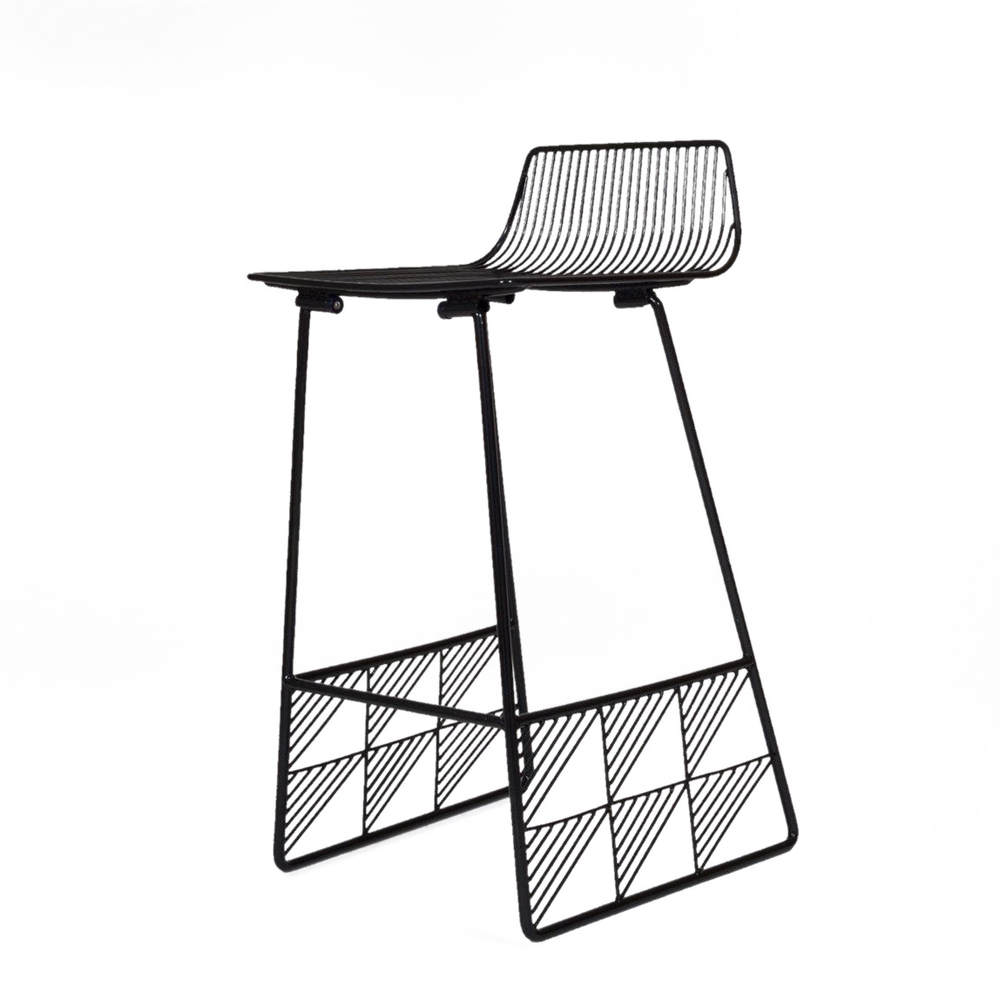 Bend Goods Low Back Stool